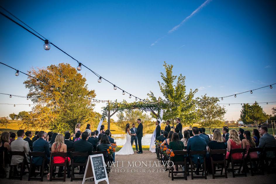 lone oak barn wedding photography stephanie amp brandon