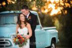 lone-oak-barn-wedding-photography